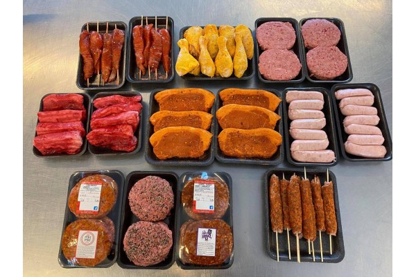 64 Piece BBQ Pack for £46